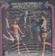 Martha & The Vandellas - Dancing In The Street!