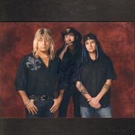 Mötley Crüe - Mötley Crüe Signed Photo