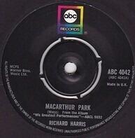 Richard Harris - MacArthur Park / The Yard Went On Forever