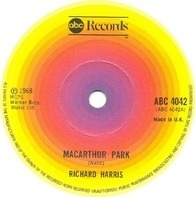 Richard Harris - McArthur Park / The Yard Went On Forever