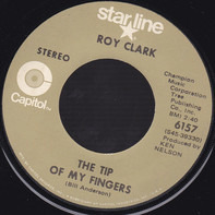 Roy Clark - The Tip of My Fingers