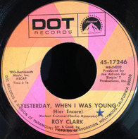 Roy Clark - Yesterday, When I Was Young (Hier Encore)