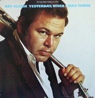 Roy Clark - Yesterday, When I Was Young