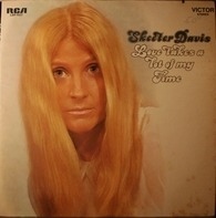 Skeeter Davis - Love Takes A Lot Of My Time