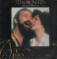 Stan Bronstein - Living on the Avenue