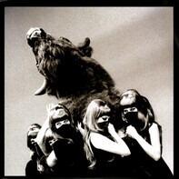 The Dead Weather - I Cut Like A Buffalo