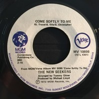 The New Seekers - Come Softly To Me