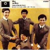 The Rutles - I Must Be In Love / Cheese And Onions / With A Girl Like You