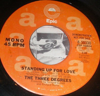 The Three Degrees - Standing Up for Love