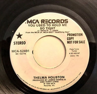 Thelma Houston - You Used To Hold Me So Tight