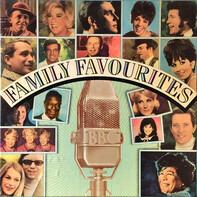 Pat Boone, Doris Day, Vikki Carr, a.o. - Family Favourites