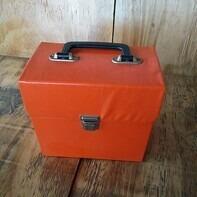 Vintage Schallplattenkoffer - in orange, für 40-50 Singles