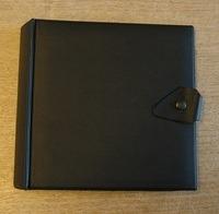 Vintage Schallplattenalbum - in schwarz, glatt, für 20 Singles