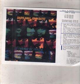 Daryl Hall & John Oates - Change of Season