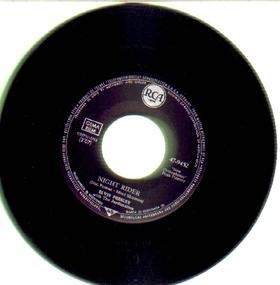 Elvis Presley - kiss me quick / night rider