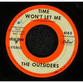 The Outsiders - Time Won't Let Me / Girl In Love