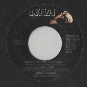 Dolly Parton - Medley: Winter Wonderland / Sleigh Ride