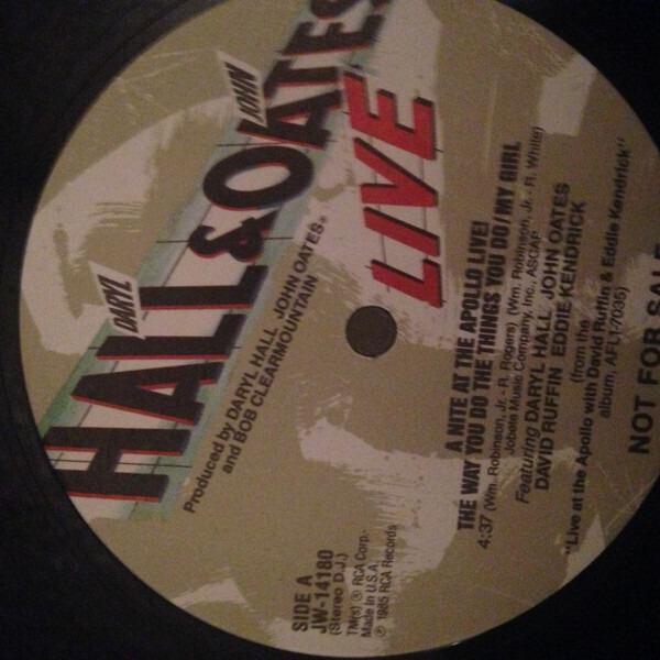 Daryl Hall & John Oates Featuring David Ruffin & E A Nite At The Apollo Live!