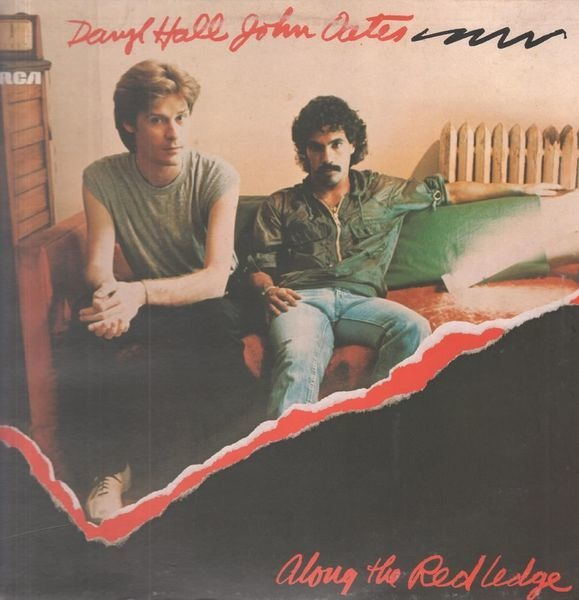 daryl hall & john oates along the red ledge