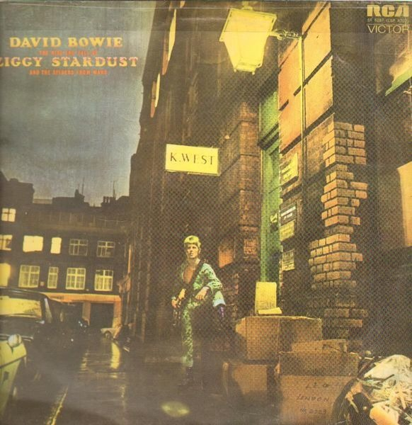 #<Artist:0x007f8540587178> - The Rise and Fall of Ziggy Stardust and the Spiders from Mars