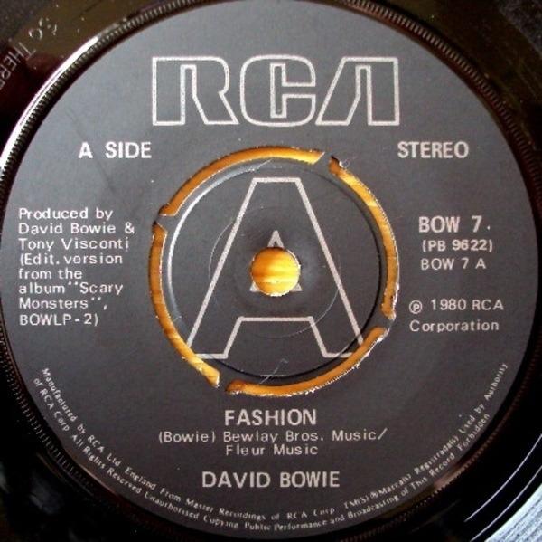 David Bowie Fashion (PUSH-OUT CENTRE)