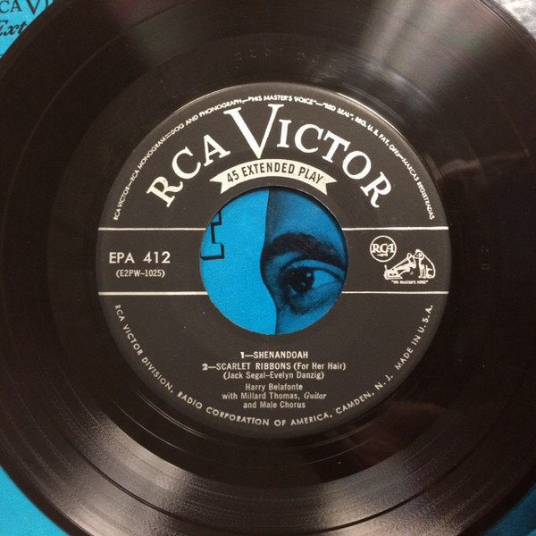 "#<Artist:0x007f41d0c4f1f8> - Harry Belafonte Sings ""Man Smart"" And Other Folk Songs"