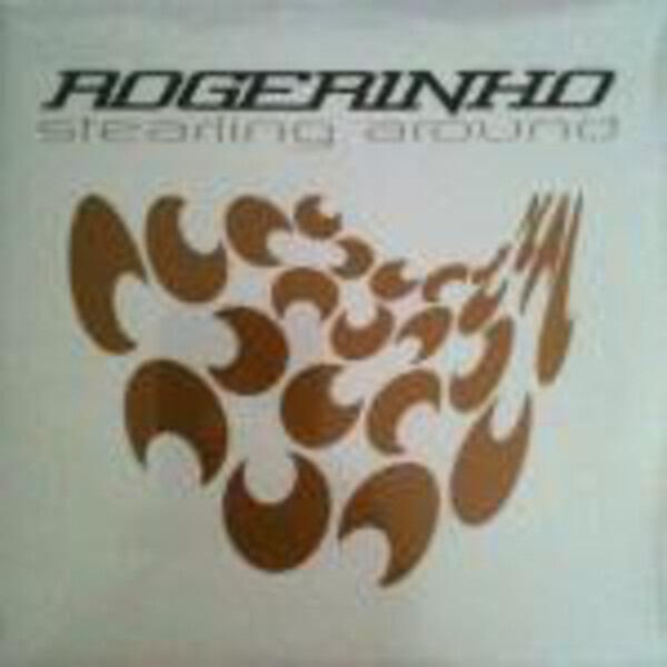 Rogerinho Stealing Around
