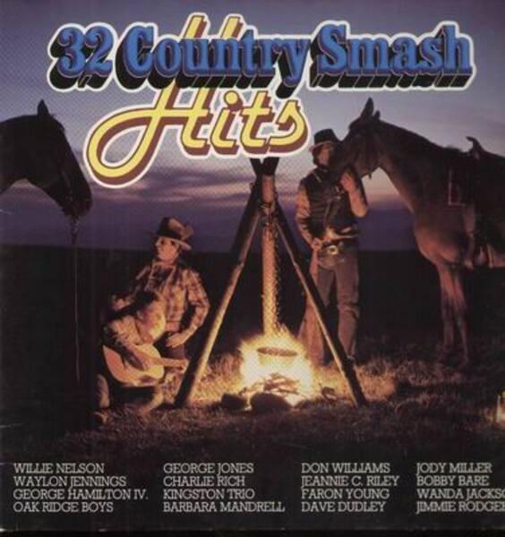 32 Country Smash Hits