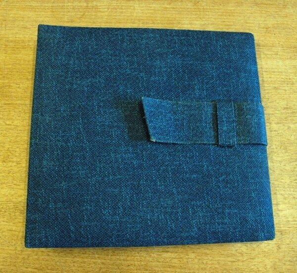 #<Artist:0x007f0c0a1a4538> - in blau, für 12 LPs